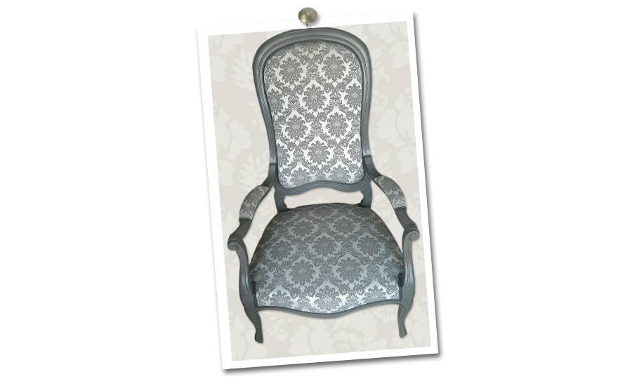 Atelier-secrets-de-siege-fauteuil-voltaire-relooke
