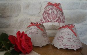 Conique lin et angelots rouges