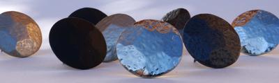 Clous martelés fer, aluminium et noir mat et brillant